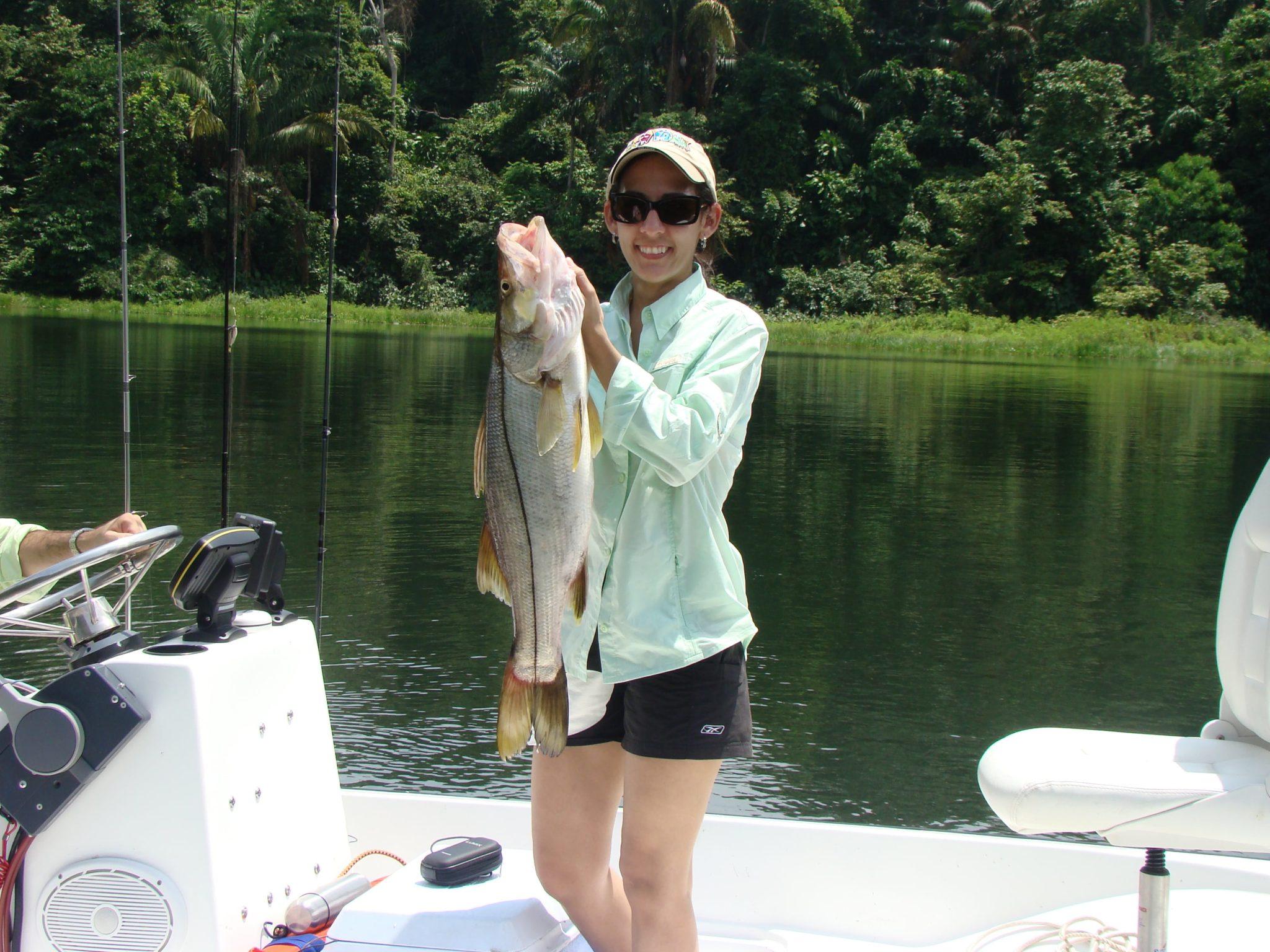 Gatun Fishing (6) Min